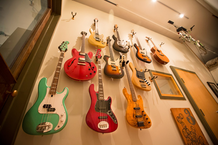 guitar-and-bass-wall