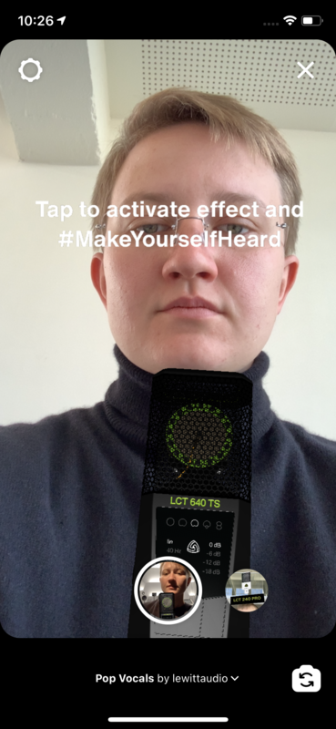 Tap the screen to get rid of the text and activate the sound in the effect.