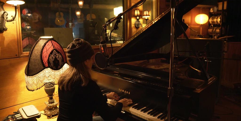 Rachel Eckroth on the Piano