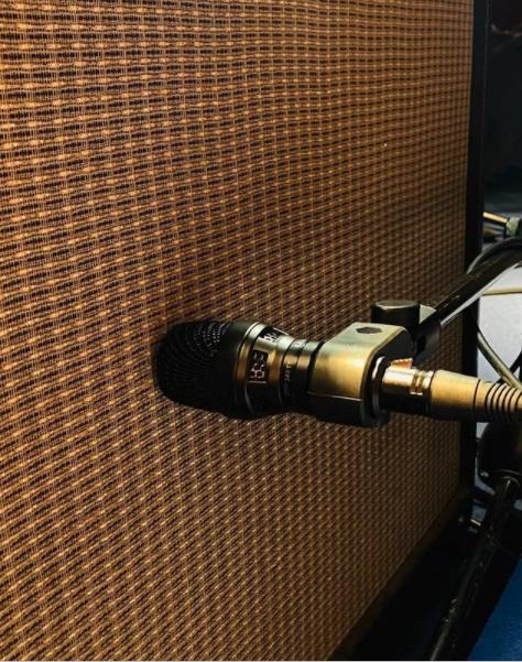 mic guitar cabinet DTP 340 TT